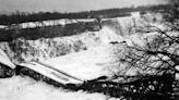 The Honeymoon Bridge in Niagara Falls lasted 40 years before it collapsed