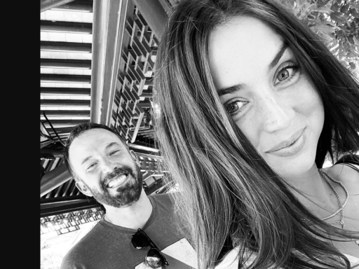 Ana de Armas shuts down rumors she's back together with Ben Affleck: 'Nope'