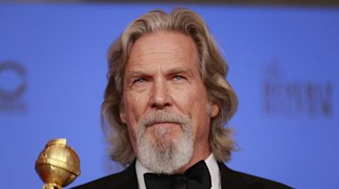 Hollywood rallies behind Jeff Bridges after his cancer diagnosis