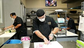 Open Gate Kitchen in Costa Mesa dishes out hope, opportunity