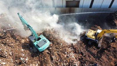 台中梧棲木材回收廠悶燒3天 環保局要罰