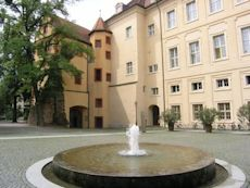 Karlsburg Castle