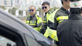 伙計辦大事│楊明設人肉路障又出事 盤點TVB警匪片10大特色 網民:重案組一定喺西九龍!