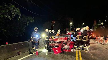 疫情趨緩竟相約夜飆山路 豐田86逆向超車對撞來車2人傷   蘋果新聞網   蘋果日報