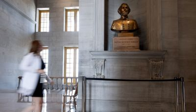 Tennessee lawmakers vote to remove bust of former KKK leader Nathan Bedford Forrest from state Capitol