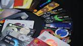 用政府德政度錢關 信用卡預借現金大減近13% - 財經
