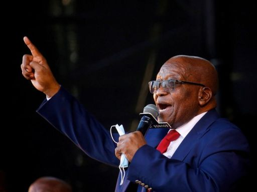 S.Africa's Zuma seeks to replace prosecutor in arms trial