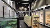 新鮮直送的一條龍設計!工業風長型屋劃分出複合式生鮮市集