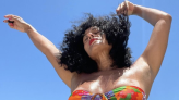 At 48, Tracee Ellis Ross, Her Toned Abs, And Curls Are Having The Best Day In A Bikini