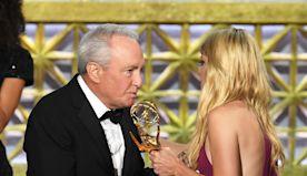 Anna Faris Photos Photos: 69th Annual Primetime Emmy Awards - Show