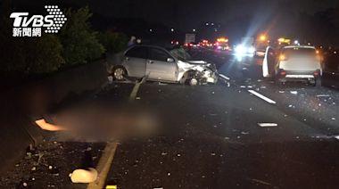 兄弟國道自撞橫停中線 哥下車警戒、弟遭4車追撞慘死