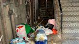 新美安解封後 生活環境變得惡劣 住戶自發清潔:「政府無幫忙」