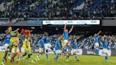 Febbre Napoli al Maradona: contro il Torino spingono in 30 mila