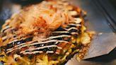吃遍東京澀谷區名店全攻略(五):台灣說的「大阪燒」,日文原意是「隨自己的意燒烤」 - The News Lens 關鍵評論網