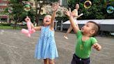 「我愛練肖話,都是為了孩子好!」父母愛練肖話的好處:培養孩子幽默感