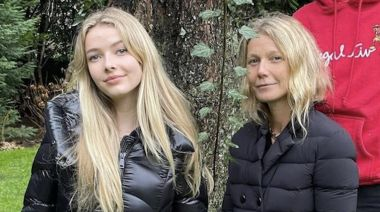 Gwyneth Paltrow Posts Rare Photo of 16-Year-Old Lookalike Daughter, Apple