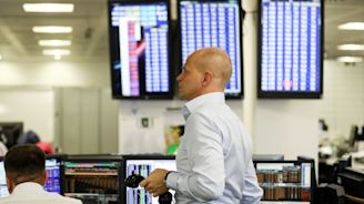 Canada stocks lower at close of trade; S&P/TSX Composite down 0.56%