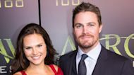 """Stephen Amell Refutes He Was """"Forcibly Removed"""" From Flight"""