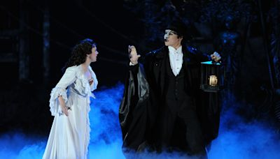 Andrew Lloyd Webber to Auction Off Notable 'Phantom of the Opera' Prop