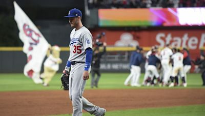 Dodgers' mistakes, missed chances lead to walk-off loss to Braves in NLCS Game 1