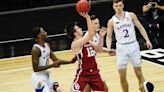 Austin Reaves signs undrafted free agent deal with Los Angeles Lakers