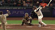 Kris Bryant's solo home run