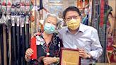 潘孟安訪百歲人瑞 贈敬老禮金