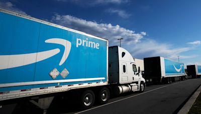 Amazon Employee Group Seeks Worker Vote on Unionization