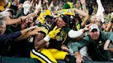 Packers vs. Lions score, takeaways: Green Bay pulls away from Detroit behind Aaron Rodgers, Aaron Jones
