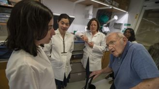Harvard Professor Still 'Playing Science' And Winning Federal Grants At Almost 94