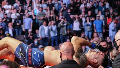UFC 261: Chris Weidman breaks leg while kicking opponent Uriah Hall