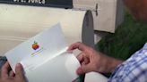 How Much Forrest Gump's Theoretical Stake In Apple Would Be Worth Today