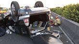 國道新營段逆向行駛8公里撞轎車 自小客貨車駕駛命危