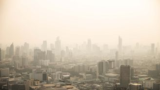 Could Bangkok's toxic haze take it off the tourist map?
