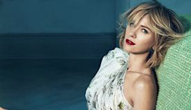 MUA Mary Wiles Recreates Glowy & Feminine Naomi Watts Look Perfect For Virtual Dating
