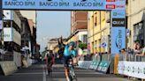 Ciclismo, Lutsenko vince la Coppa Agostoni: secondo posto per Trentin