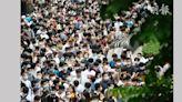 動漫節|會展外打蛇餅 梁子超憂排隊者太近易播毒 建議安排網上預約 (18:37) - 20210724 - 港聞