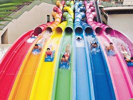 闊別20年水上樂園正式開幕 4人水泡滑水梯最刺激 - 香港經濟日報 - 報章 - 副刊