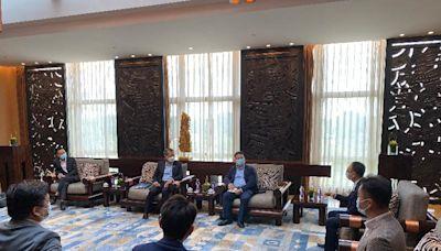 財政司司長在廣州與香港青年創業者會面及出席首屆「珠江國際貿易論壇」分論壇(附圖)