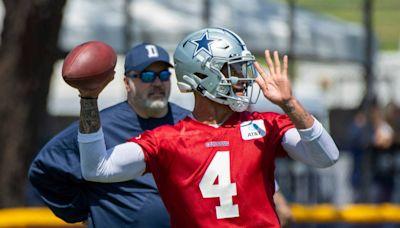 Dallas Cowboys quarterback Dak Prescott leaves field with arm soreness