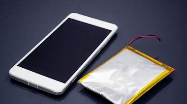 手機新電池第一次充電怎麼充?