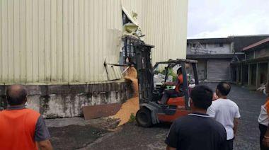 義竹農會員工跌落穀物槽 埋太久送醫仍不治