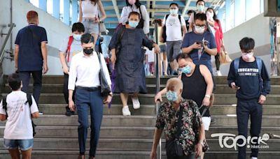 【疫苗接種】政府將設疫苗專線 安排專車接送長者打針 - 香港經濟日報 - TOPick - 新聞 - 社會