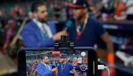 World Series notebook: Hey Siri! Rookie center fielder in G2