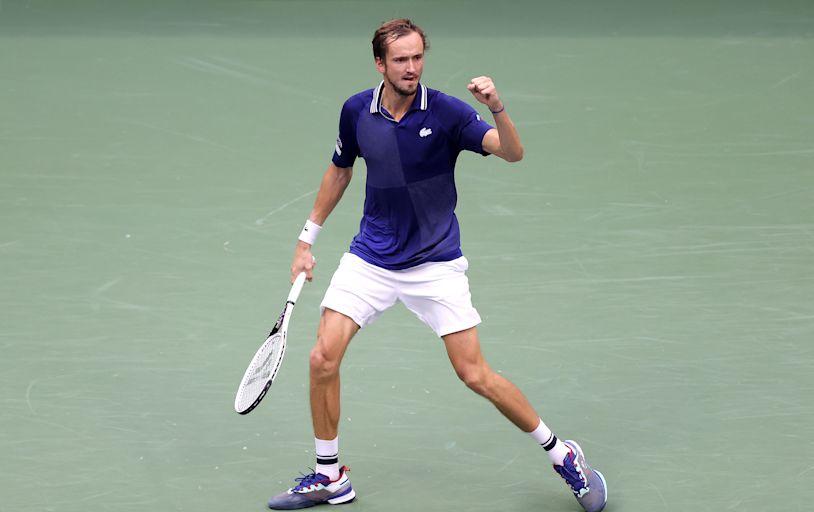 Daniil Medvedev wins US Open in straight sets, denies Novak Djokovic history