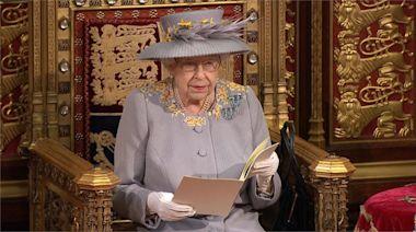 親王逝世後首露面 女王依例進行國會開議演說-台視新聞網