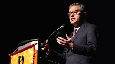 The Unseemly Urge to Excuse Jeffrey Toobin