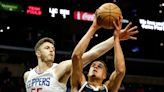 Clippers' final roster spot: Harry Giles vs. Isaiah Hartenstein