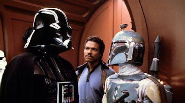 Here's how a legendary 'Star Wars' bounty hunter strikes back in 'The Mandalorian' (spoilers!)
