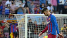 Mediocrity setting in at Barca as Clasico leaves them adrift in La Liga